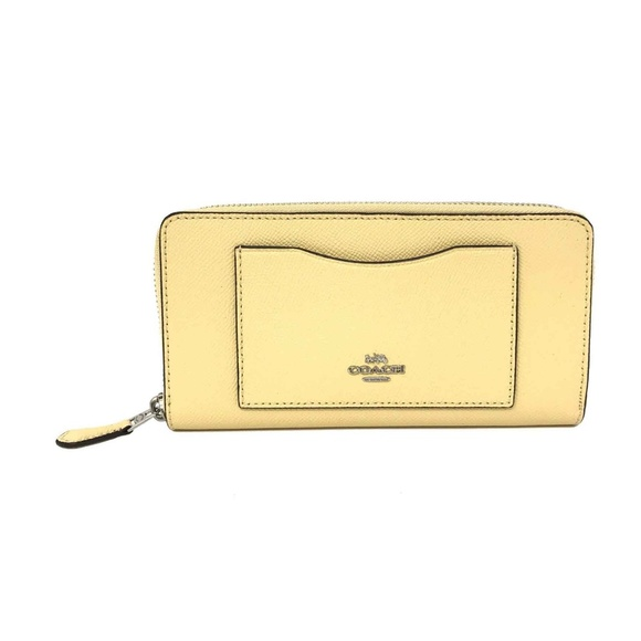 2e40277aea6 Coach Bags | Womens Accordion Zip Wallet Vanilla Leather | Poshmark